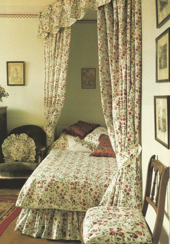 Laura Ashley Bed